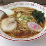 Shoyu_ramen,_at_Kasukabe_Station_(2014_05_05)_2